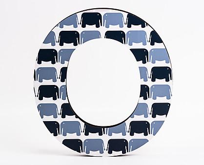 lettera in legno O trama elefanti