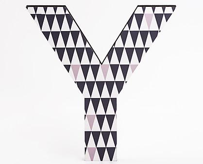 lettera in legno Y trama triangoli grigi