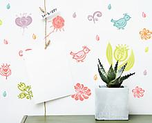 fiori e uccellini colorati
