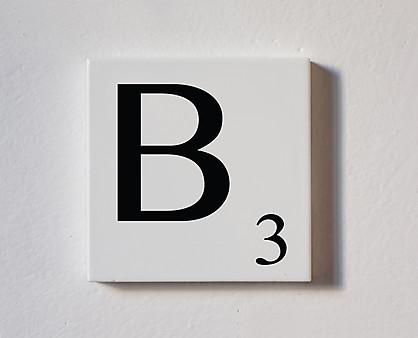b - tessera decorativa in legno