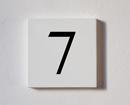7 - tessera decorativa in legno