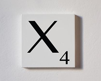 x - tessera decorativa in legno