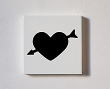 cuore con freccia - tessera decorativa in legno